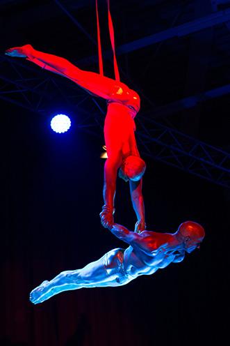 Showact Luft-Akrobatik Duo 03
