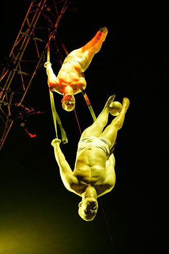 Showact Luft-Akrobatik Duo 05